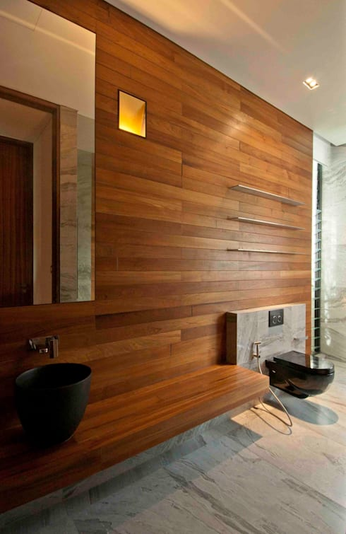 Sunset House:  Bathroom by ming architects