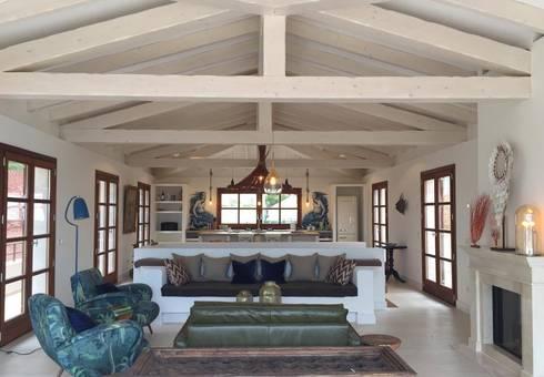 ein ferienhaus als hideaway auf mallorca por aid studio homify. Black Bedroom Furniture Sets. Home Design Ideas