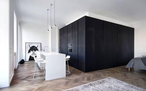 Cocinas de estilo minimalista por INT2architecture