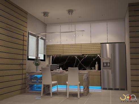 บ้านพักอาศัยสามชั้น ม.สัมมากร:  ห้องครัว by jcia co.,ltd