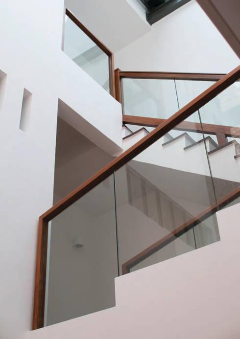 Hành lang by Quen Architects