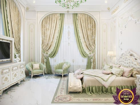 ​  Bedroom interior in classic style by Katrina Antonovich: classic Bedroom by Luxury Antonovich Design
