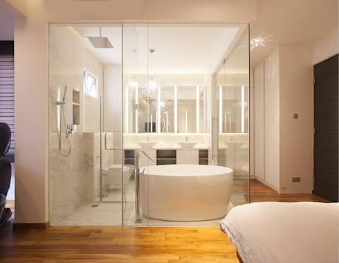 soo chow graden: modern Bathroom by Renozone Interior design house
