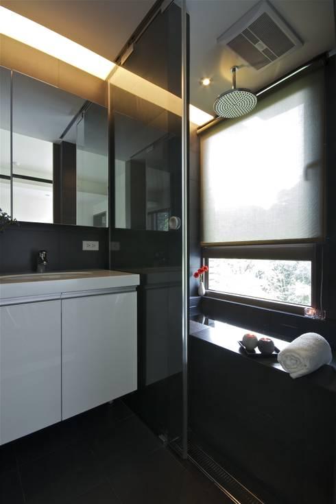 木柵林:  廚房 by 觀林設計