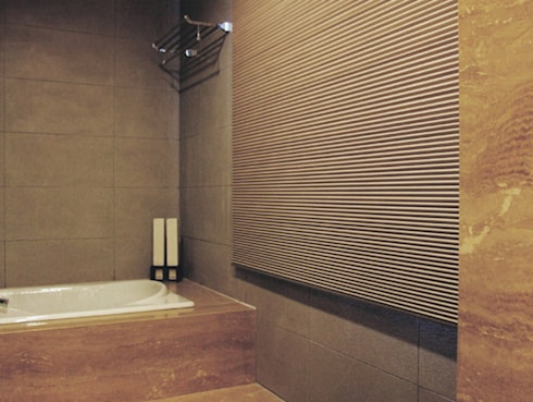 天津 格林園 魏宅:  浴室 by 直譯空間設計有限公司