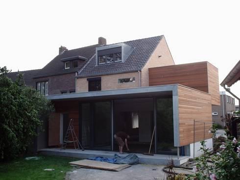 Verbouwing woonhuis m te oirsbeek by gorissendeponti for Interieur ontwerpers