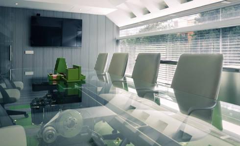 CORPORATIVO RENGEN: Estudios y oficinas de estilo industrial por HDA: ARQUITECTURA BIOCLIMATICA