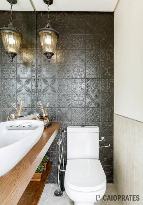 Ванные комнаты в . Автор – Caio Prates Arquitetura e Design