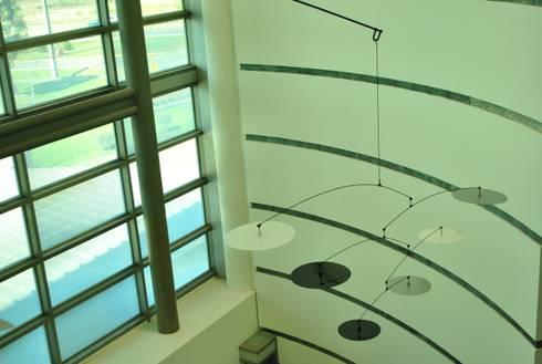Móvil aéreo (detalle): Arte de estilo  por Brito Arte y Diseño