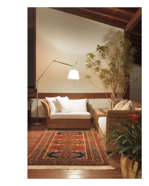 Salas de estilo  por Luciana Savassi Guimarães arquitetura&interiores