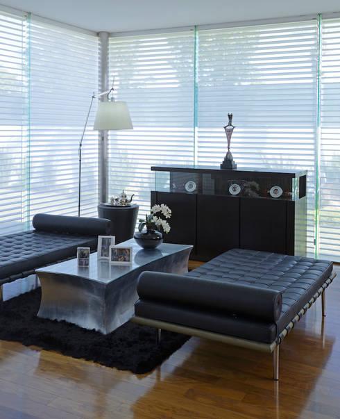 غرفة المعيشة تنفيذ Spacio