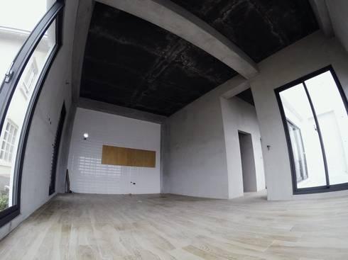 別墅施作中-記錄:  餐廳 by 光島室內設計