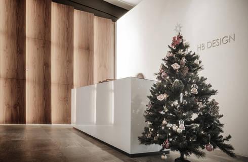 Reception: modern Study/office by HB Design Pte Ltd
