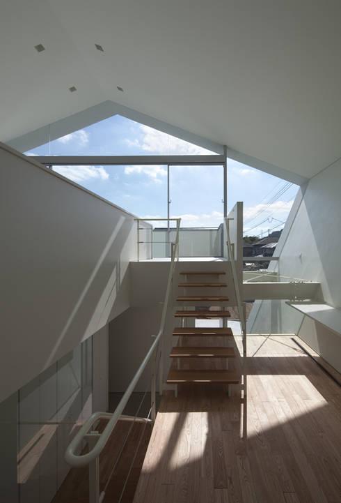 Corridor, hallway by 森裕建築設計事務所 / Mori Architect Office