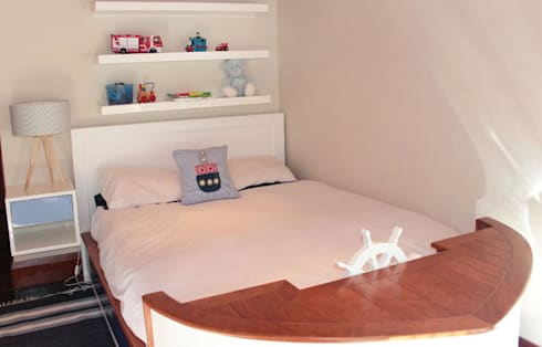 Sailor Bed: eclectic Bedroom by Covet Design
