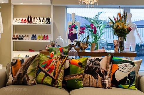 MADE IN BRAZIL—RETAIL: tropical Living room by Covet Design