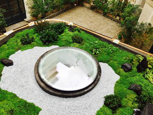 jardin japonais sur les toits de paris par jardin japonais homify. Black Bedroom Furniture Sets. Home Design Ideas