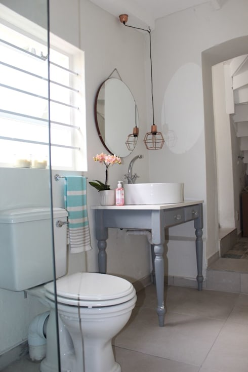 CHESTER ROAD: eclectic Bathroom by Covet Design