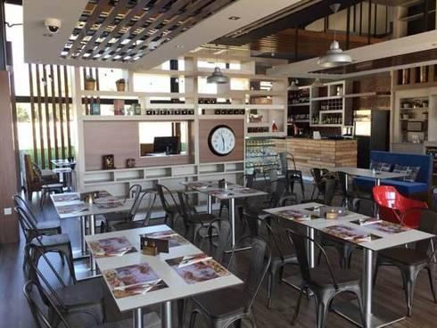 Restaurante Don Genaro. : Restaurantes de estilo  por SCABA EQUIPAMIENTO Y ARQUITECTURA COMERCIAL , C.A.