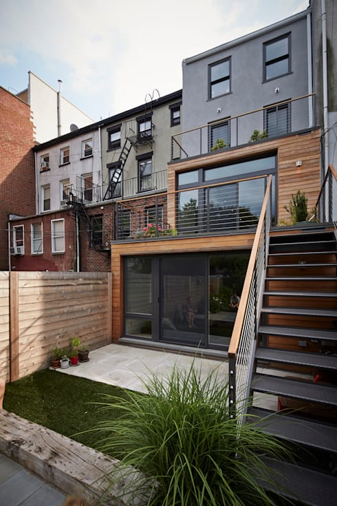 Cobble Hill Townhouse: modern Houses by Sarah Jefferys Design