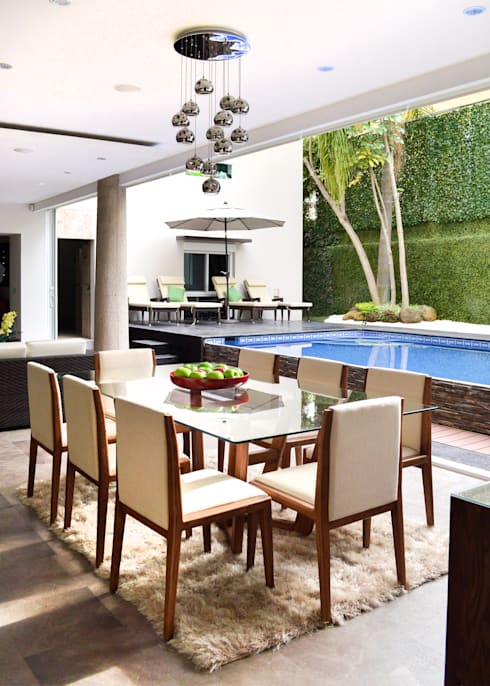 Remodelación Casa-Habitación 850m2: Comedores de estilo  por GHT EcoArquitectos