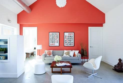 Living: modern Living room by ZeroEnergy Design