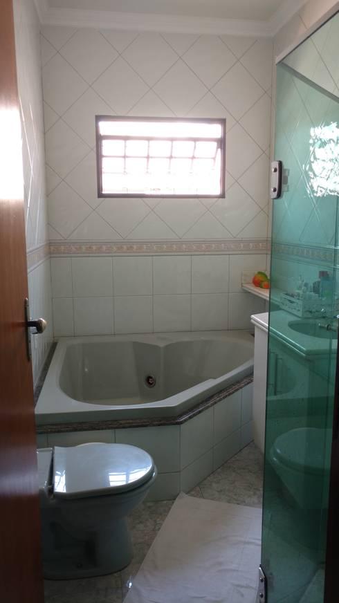 Banheiro suíte - como era...:   por Mais Arquitetura 34