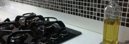 APARTAMENTO CIUDAD SALITRE: Cocinas de estilo moderno por bdl concept/studio