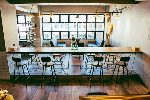 奇幻地咖啡-WONDER LAND:  酒吧&夜店 by 七輪空間設計