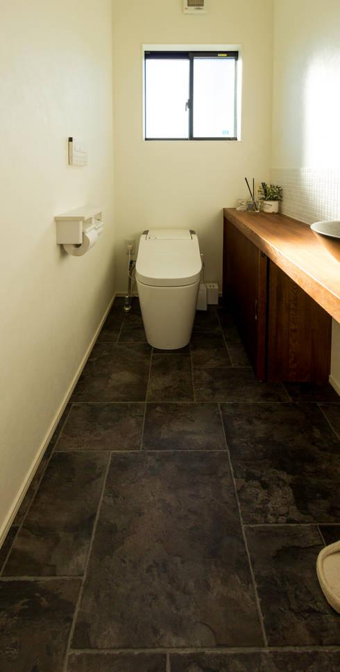 浴室 by 姫松親一郎建築設計事務所
