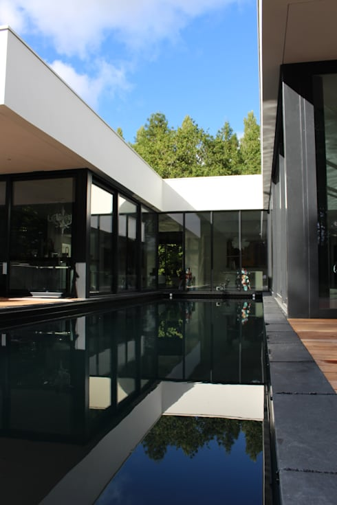 Pool by AM architecture