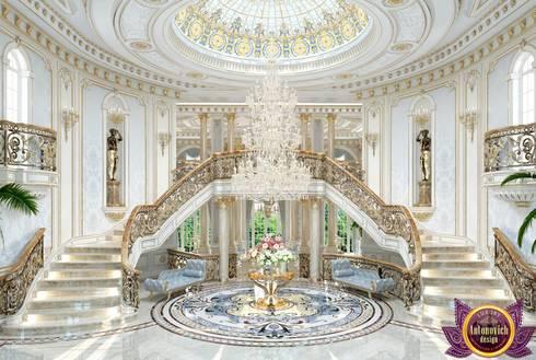 Beautiful house interior of Katrina Antonovich:  Corridor & hallway by Luxury Antonovich Design