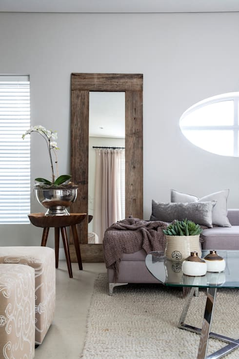 Pajama Lounge: classic Living room by Salomé Knijnenburg Interiors