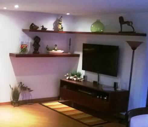 PROYECTO APARTAMENTO CALLE 151: Salas multimedia de estilo moderno por bdl concept/studio