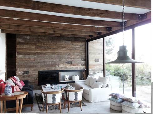 Casa Cantagua: Livings de estilo moderno por F+F Arquitectos