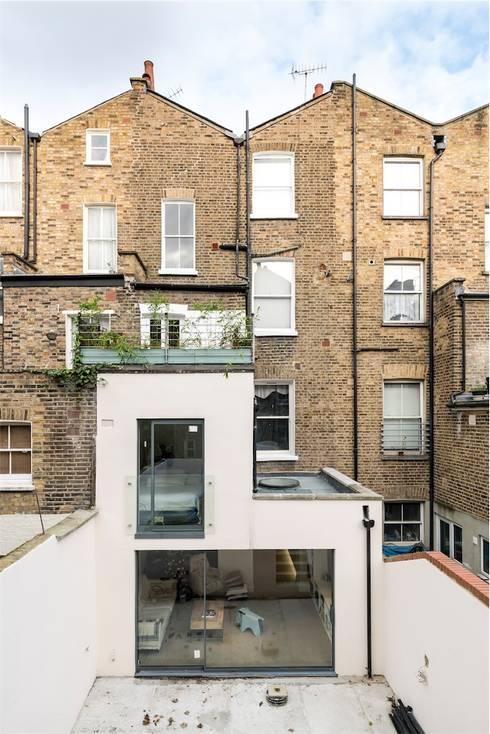 Projekty,  Domy zaprojektowane przez Studio 29 Architects ltd