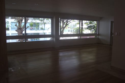 Casa AM San Isidro: Salas de entretenimiento de estilo moderno por Arquitotal SAC