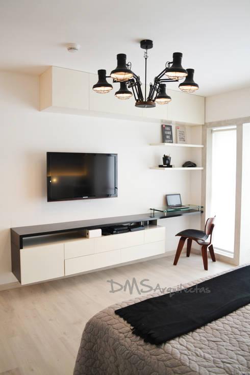 Habitaciones de estilo moderno por DMS Arquitectas