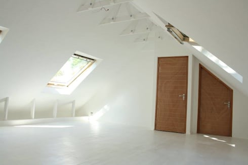 Loft room , staircase and Velux roof windows: modern Bedroom by Loftspace