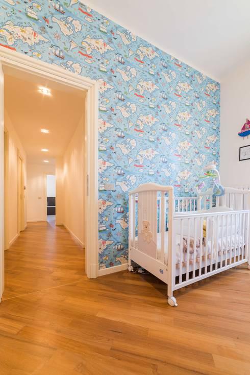 Dormitorios infantiles de estilo  por Amodo