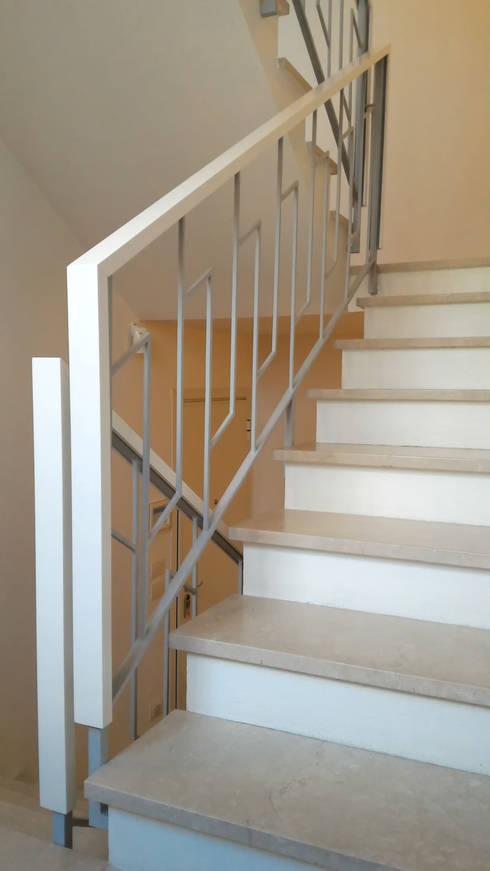 Restauro di corrimano esistente di flavia benigni architetto homify - Corrimano scale interne ...
