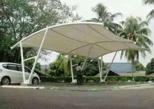 Tenda Membrane:  Balconies, verandas & terraces  by shaka awning