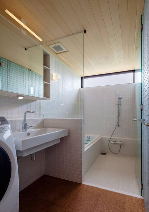 浴室 by 株式会社リオタデザイン