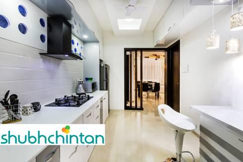 KITCHEN: modern Kitchen by shubhchintan