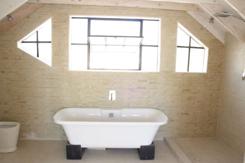 Loft room , staircase and Velux roof windows: classic Bathroom by Loftspace