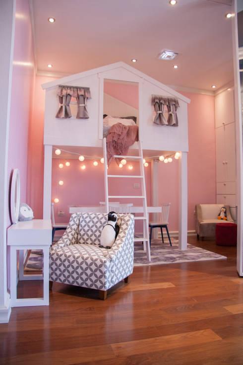 Recámara de bebé: Habitaciones infantiles de estilo  por M+M INTERIORISMO