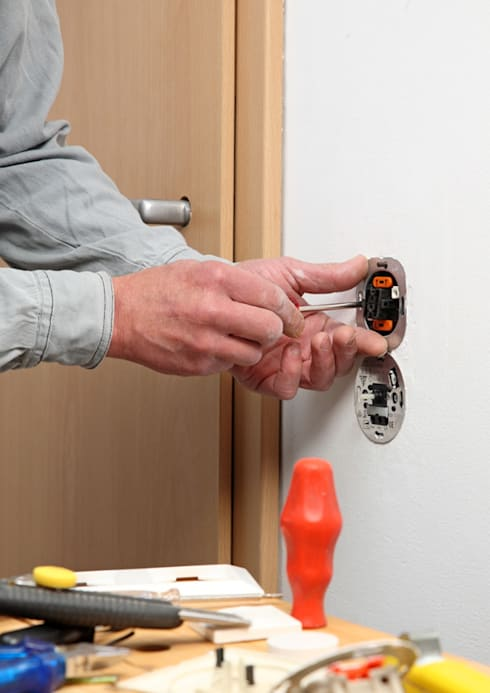 Socket Repairs:   by Electrician Durban