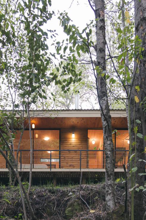Casas de estilo rústico por Ciclo Arquitectura