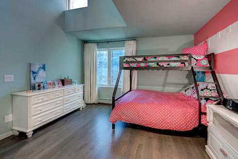 Award Winning Winslow Project: classic Nursery/kid's room by Futurian Systems