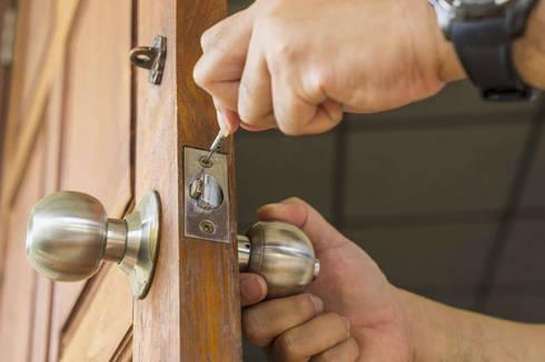Changing Door Locks:   by Locksmith Durban